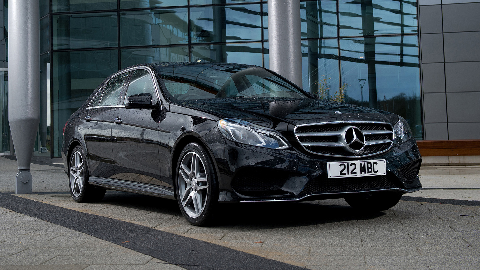 carpixel.net-2013-mercedes-benz-e-350-bluetec-amg-sports-package-uk-17939-1920x1080